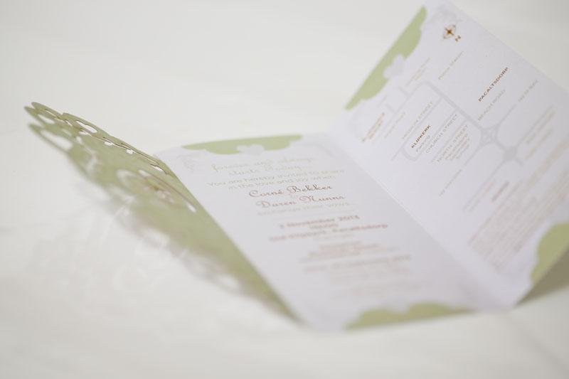 Weddings blitsdruk lazer cut invitation open view stopboris Gallery